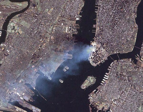 Опубликованное уникальное фото с 11 сентября