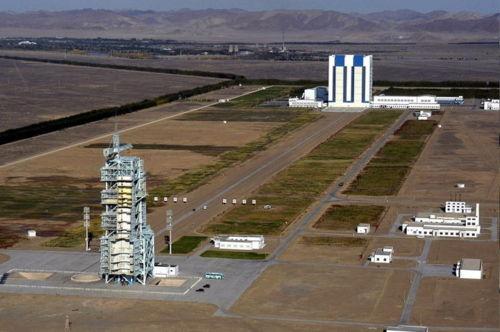 Тяньгун 1 вывел на орбиту первую китайскую космическую станцию
